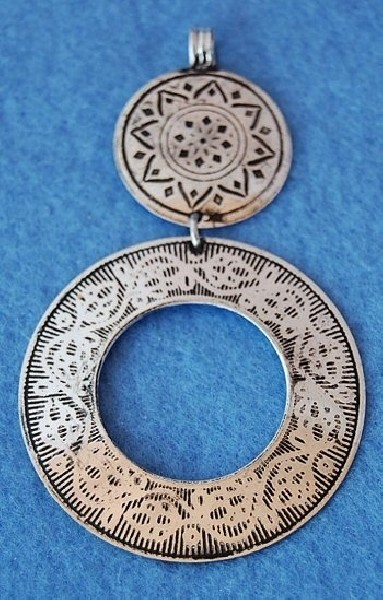 METAL PENDANTS MB-PND02-02 - Oriente Import S.r.l.