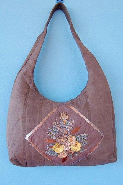 SHOULDER BAGS BS-SMR22-02 - Oriente Import S.r.l.